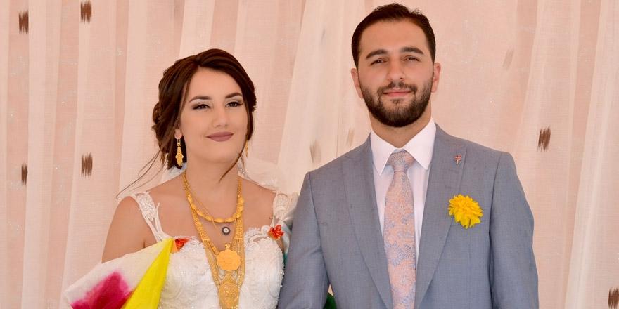 Yüksekova'ya gelen Fransız geline görkemli düğün! 1