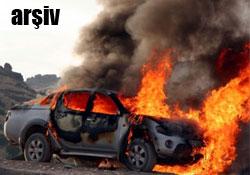 Dersim'de bir araç yakıldı