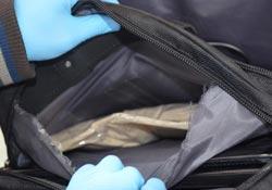 Pet şişelerde 10 kilo eroin yakalandı