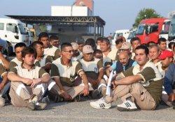 Mersin'de Temizlik İşçileri Soma İçin İş Bıraktı