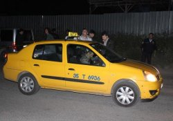 Taksi Şoförünü Öldürüp Kaçtılar