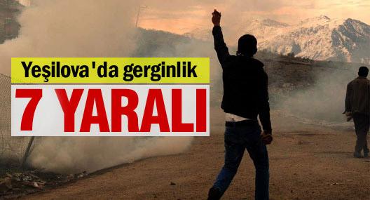 Köylülerle askerler arasında gerginlik: 7 asker yaralandı