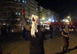 Silvan'da gergin gece: 2 polis yaralandı
