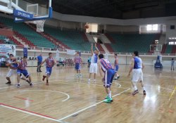 Diyarbakır'da Yapılan Basketbol Şampiyonasında Salon Boş Kaldı
