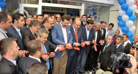 Hakkari Ticaret Odası'nın hizmet binası açıldı