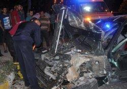 İki ayrı kazada 8 kişi yaralandı