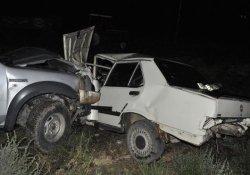 Zincirleme Kaza: 1 Ölü, 4 Yaralı