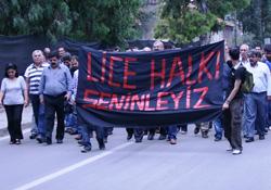 AKP binasına yürüyen HDP'ye polis engeli