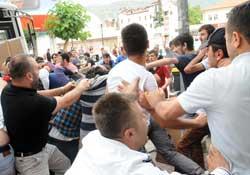 Tokat'ta 30 kişilik gruba linç girimi