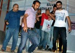 Silvan'da 2 Çocuk Tutuklandı