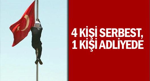 Diyarbakır'da Bayrak İndirme Soruşturmasında 4 kişi serbest 1 kişi adliyede