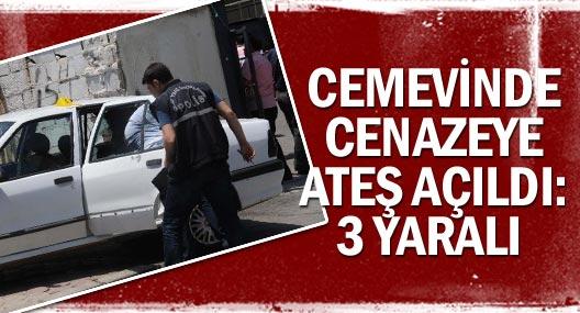 Cemevi'nde Cenazeye Katılanlara Ateş Açıldı: 3 Yaralı
