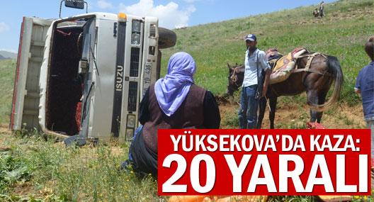 Yüksekova'da kaza: 20 yaralı