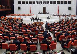 19 HDP'li vekilin fezlekesi Meclis'te