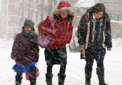 İstanbul'da okullar yarın tatil mi? Valilikten beklenen açıklama geldi