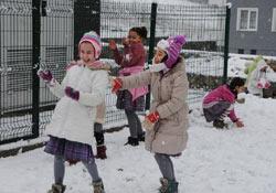 Diyarbakır'da okullar yarın tatil