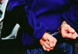 Hakkari'de HDP yöneticisi tutuklandı