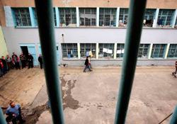 Muş'ta 13 tutsak sürgün edildi