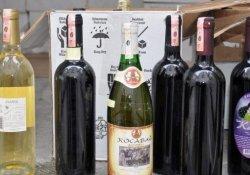 Nevşehir'de bin şişe kaçak içki imha edildi