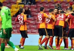 Galatasaray 2-1 Akhisar Belediyespor