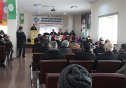 Yüksekova'da konferans düzenlendi