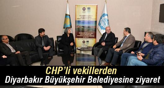 CHP'li vekillerden Diyarbakır Büyükşehir Belediyesine ziyaret