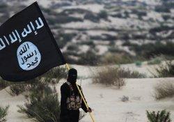 IŞİD'lilerin başını kesip sergilediler