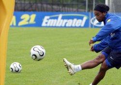 Ronaldinho'nun yeni takımı belli oldu