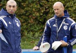 Galatasaray'da 'sanal' antrenör!