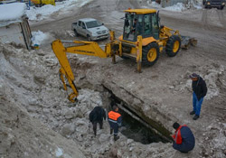 Hakkari'de donan içme suyu boruları için çalışma başlatıldı