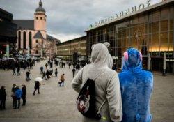 Merkel: Tacizciler sınırdışı edilebilir