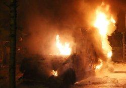 Ambulansta alev alev yandı!
