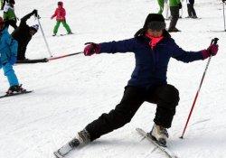 Uludağ'da kar kalınlığı 140 santimetreye ulaştı