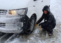Kar yağışı zincir satıcılarını sevindirdi