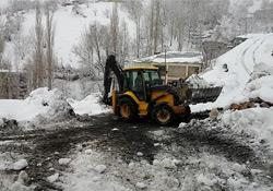 Şemdinli'de karla mücadele çalışmaları