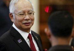 Malezya'da Başbakan yolsuzluk iddialarından aklandı