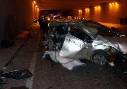 Araç karşı yola geçti: 3 ölü, 1 yaralı