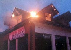 Yangın iş yerinde büyük hasara neden oldu