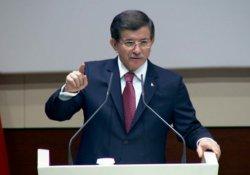 Davutoğlu'ndan Thaçi'ye tebrik
