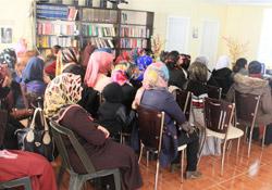 Şemdinli'de kadınlara sağlık semineri