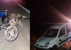 Otomobil motosiklete çarptı