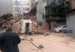 İstiklal Caddesi'nde 5 katlı bina çöktü
