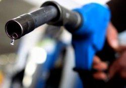Venezuela'da 20 yıl sonra benzine zam