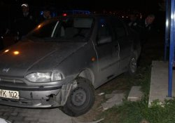 Direksiyon başında bayılan genç kaza yaptı