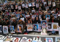 Cumartesi Anneleri: Gözaltında kaybedilen kadınları unutmadık