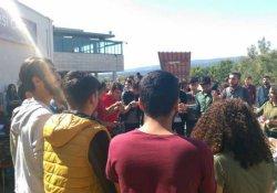 Mersin'de öğrencilerden polis baskısına tepki