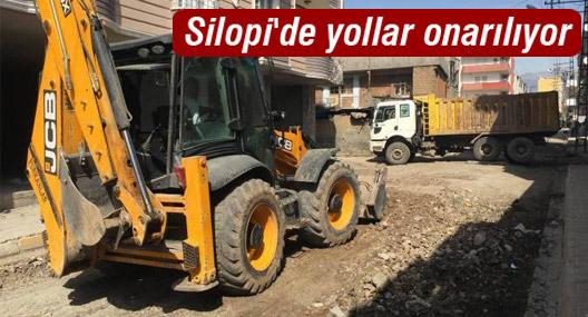 Silopi'de yollar onarılıyor