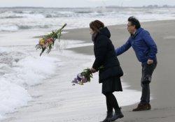 Japonya, tsunamide hayatını kaybedenleri andı