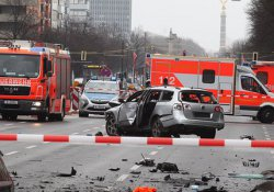 Berlin'de araç patladı