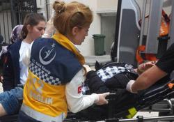 Bağlar'da 3 genç yaralandı